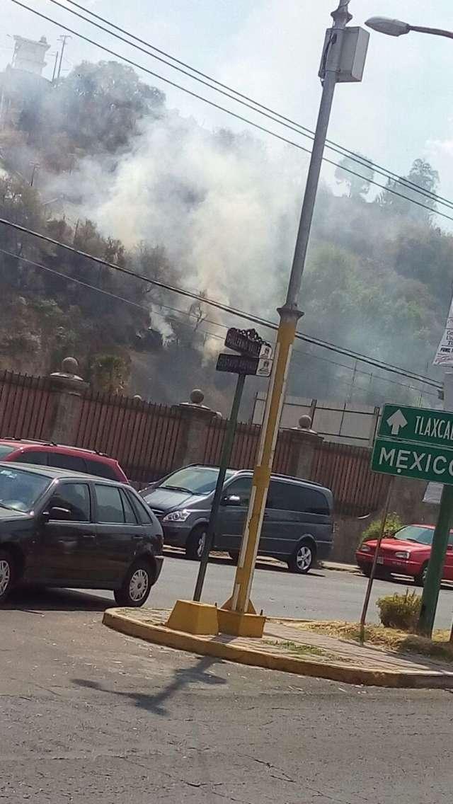 Incendio alerta bomberos en la capital