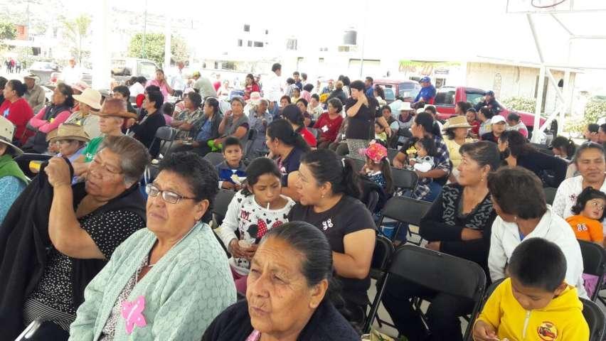 Alcalde se sumó a lo festejó en grande el Día Internacional de la Mujer