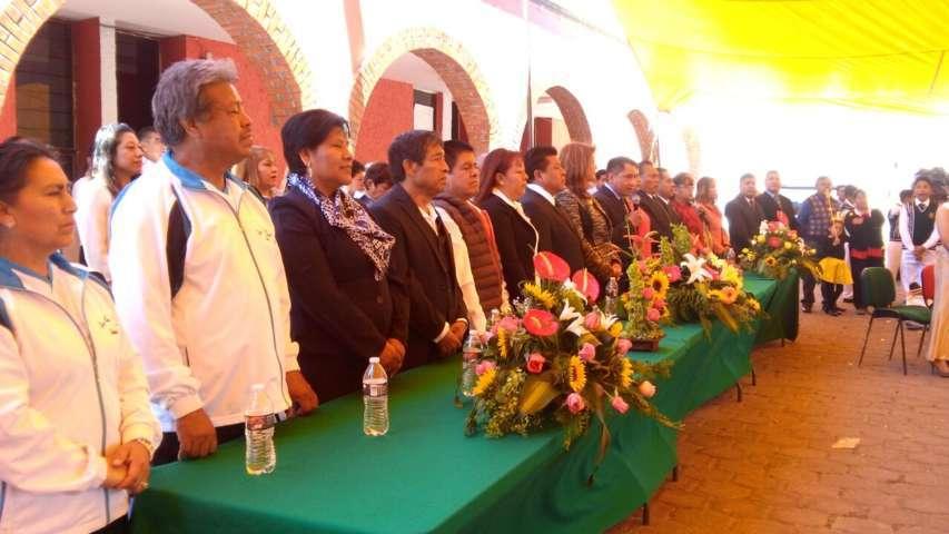 Celebra Quilehtla el CCXI natalicio de Benito Juárez y desfile de primavera