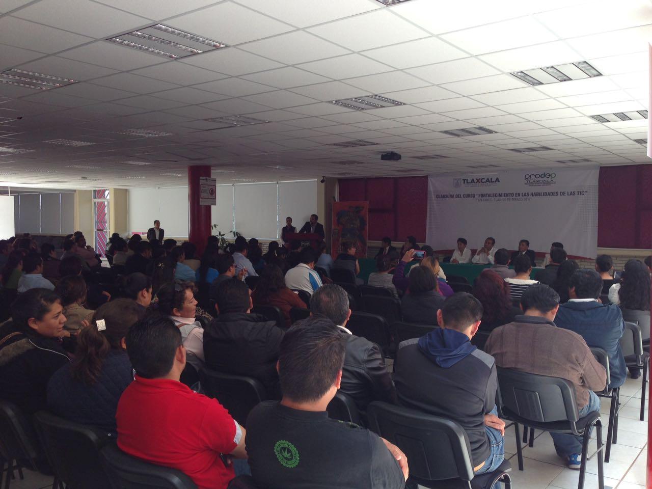 Concluye curso para fortalecer la educación en Tlaxcala