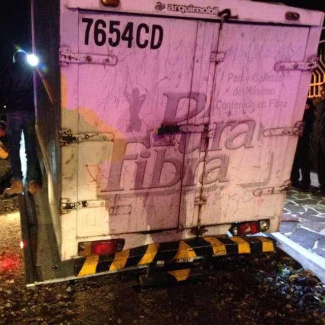 Policía de Tetla recupera unidad de transporte privado