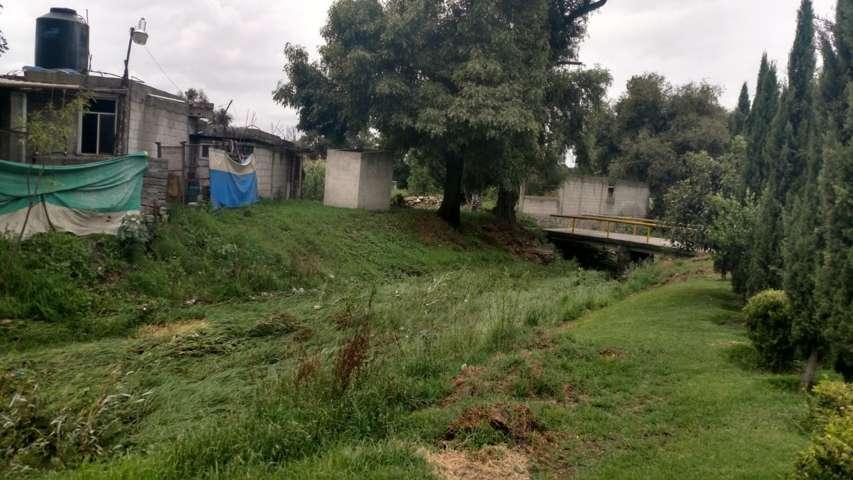 Intensifica Ayuntamiento desazolvando en barrancas de la comuna