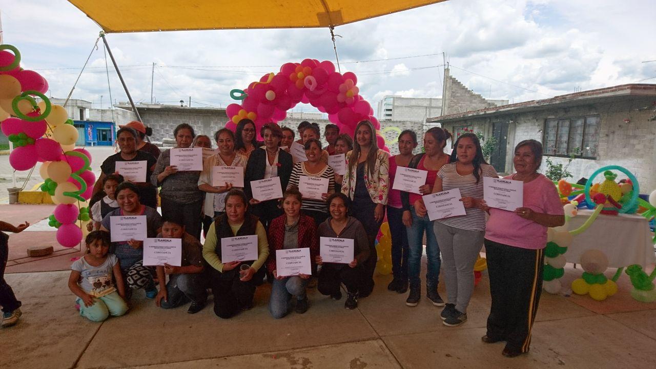 Con gran satisfacción concluyó curso de globoflexia en Guadalupe Victoria