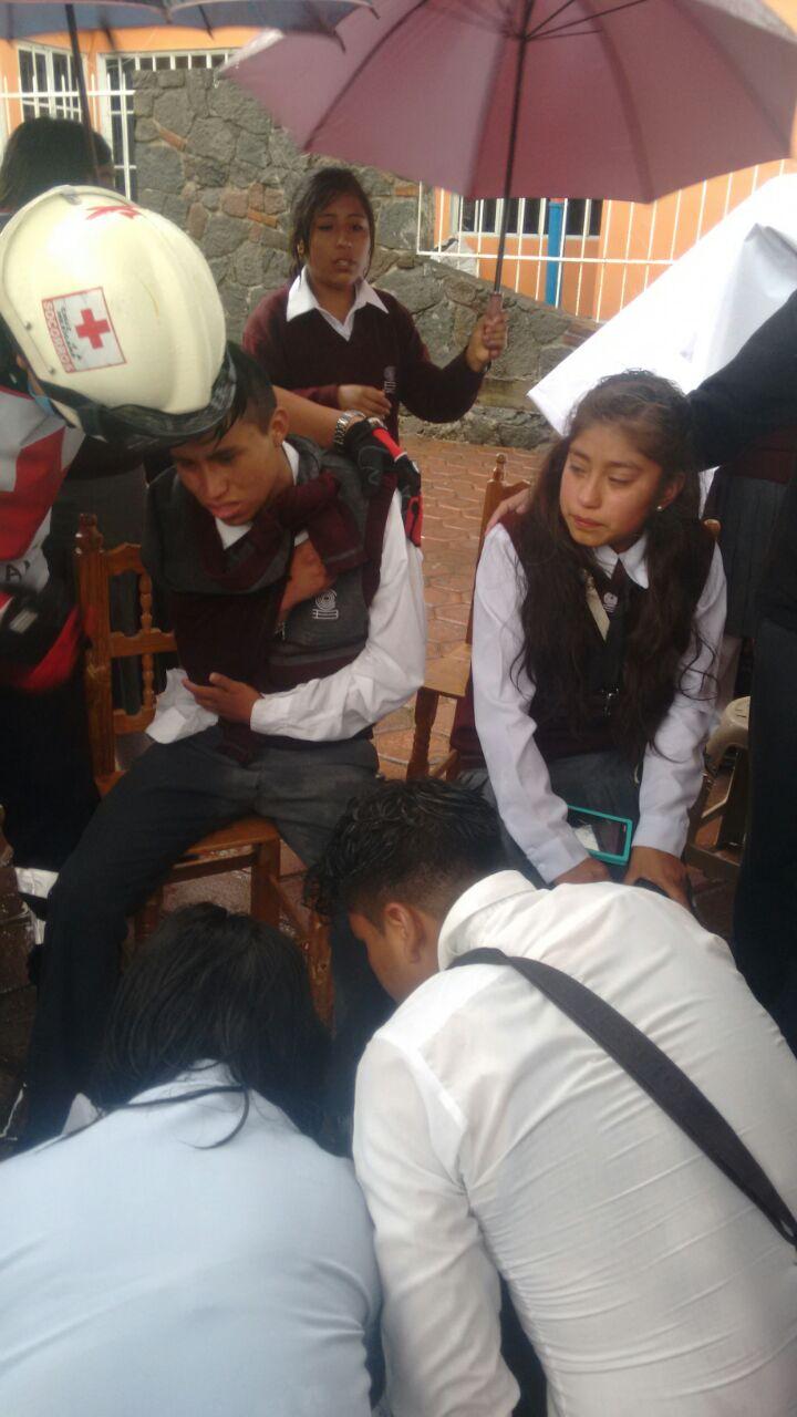 Dan de alta a estudiantes accidentados del Cobat de Ixtenco