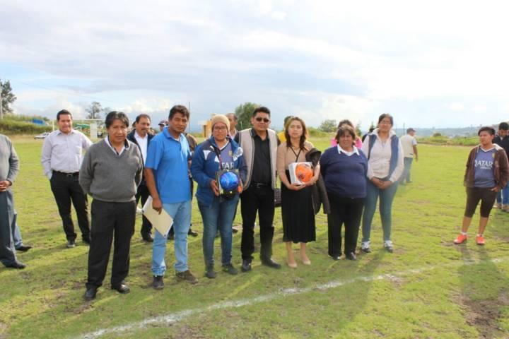 Alcalde fomenta el deporte con premiación de torneo de futbol