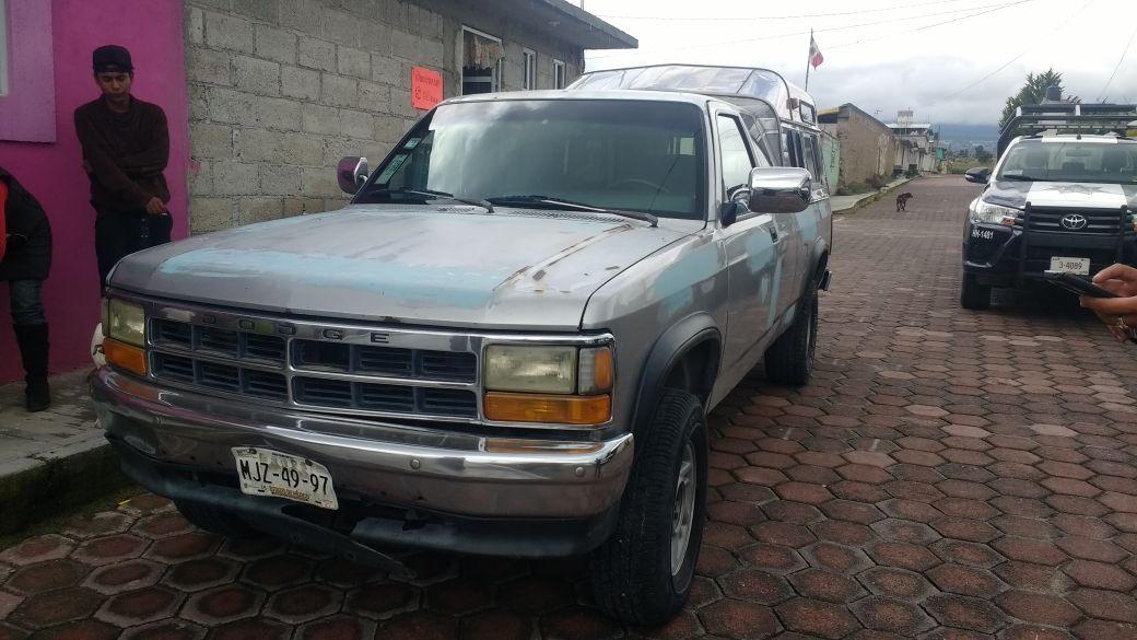 Policía Municipal de Huamantla recupera camioneta con reporte de robo