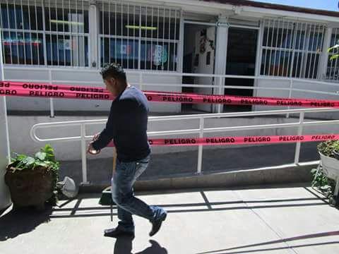 Ayuntamiento  cierra 2 escuelas por presentar posibles daños estructurales
