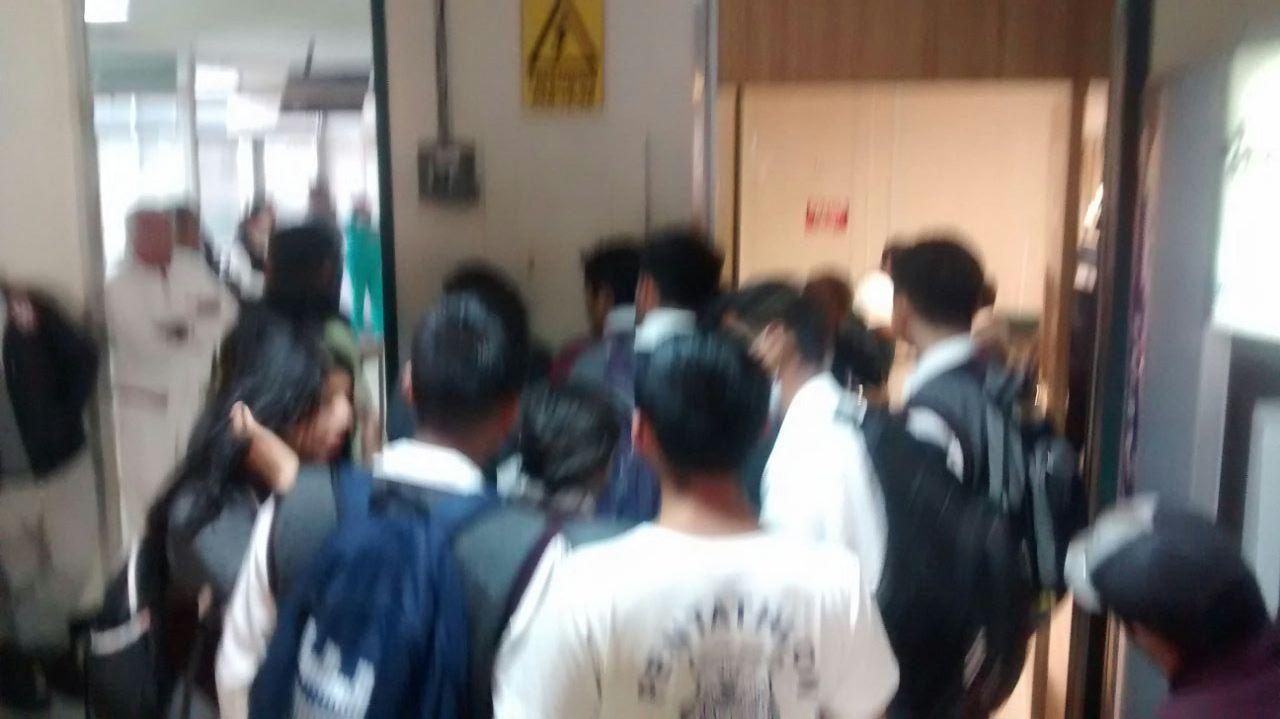 Deja prueba de laboratorio 15 estudiantes lesionados en el Cobat