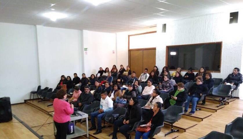INAPAM imparte taller de tanatología a enlaces municipales
