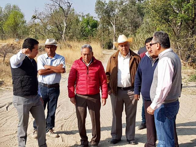 Revisan últimos detalles para puente en Tepeyanco