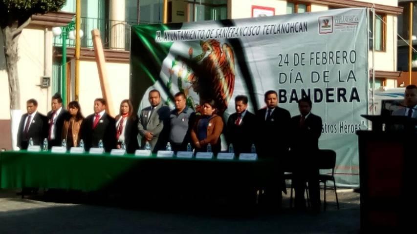 Alcalde encabezó conmemoración del 197 aniversario del Día de la Bandera