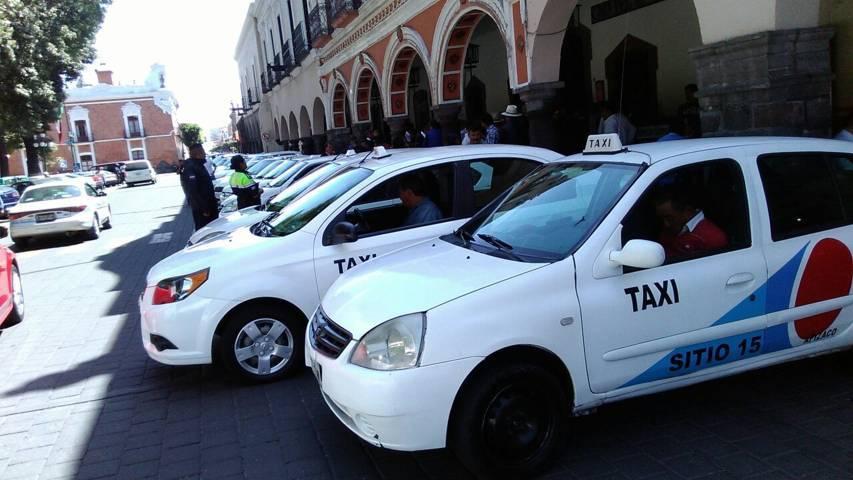 Taxistas se manifiestan contra Pronto en la capital del estado