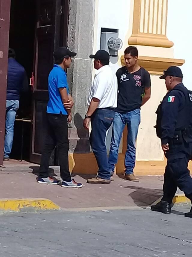 Denuncian trabajadores de Ixtenco acoso laboral