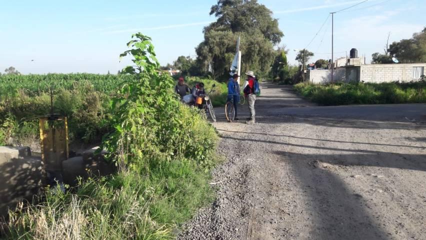 En Lardizábal se realiza la fumigación de canales de riego para evitar maleza