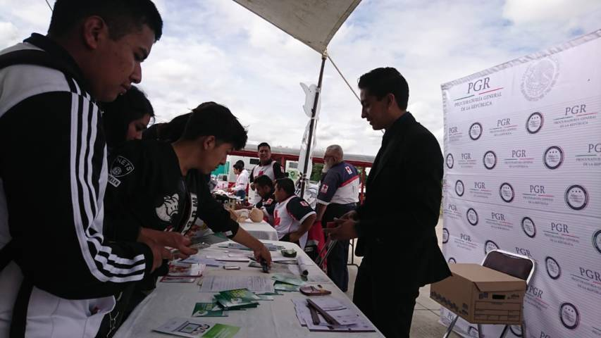 PGR participa en Caravana De Servicios Para La Juventud En Tepeyanco