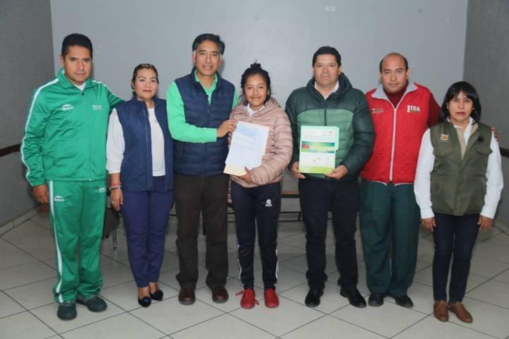 Reconoce alcalde de Papalotla a deportistas destacados