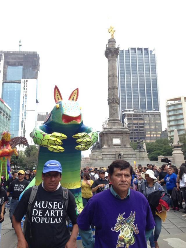Participa artesano de Zacatelco en el 12° Desfile Y Concurso De Alebrijes en la CDMX