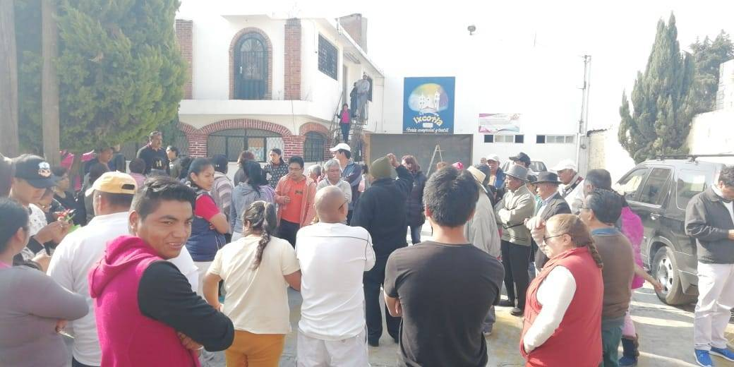 Finaliza conflicto en Ixcotla; corren a Cruz Hernández