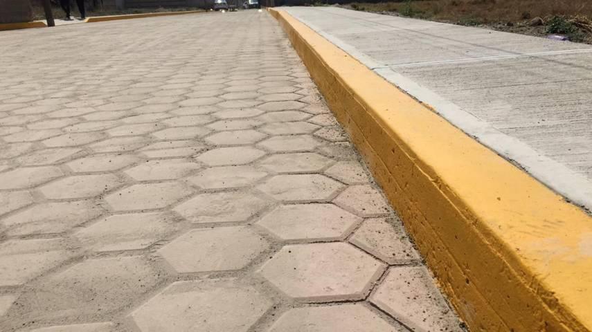 Inaugura alcalde Oscar Pérez una obra más en Quilehtla