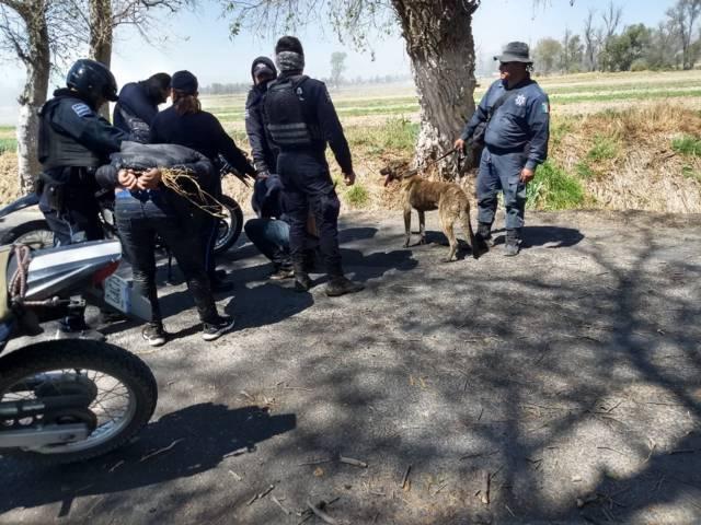 Policías de Tepetitla frustran robo de un vehículo