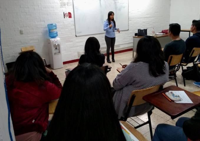 FGR imparte pláticas en la Universidad Autónoma de Tlaxcala