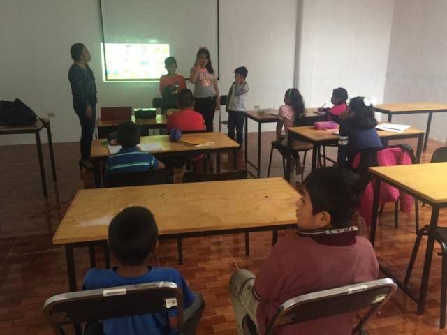 El idioma ingles ayuda a desarrollar habilidades escolares en los niños: AMS