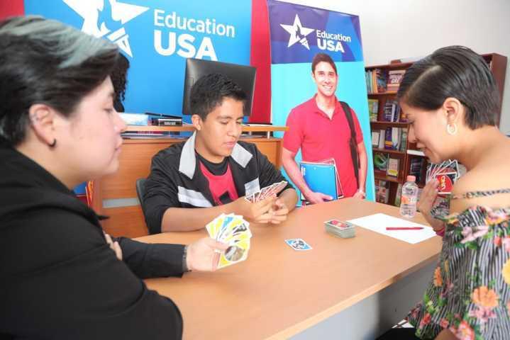 Reabrirá centro education usa en septiembre sus clubes de conversación en ingles y juegos de mesa