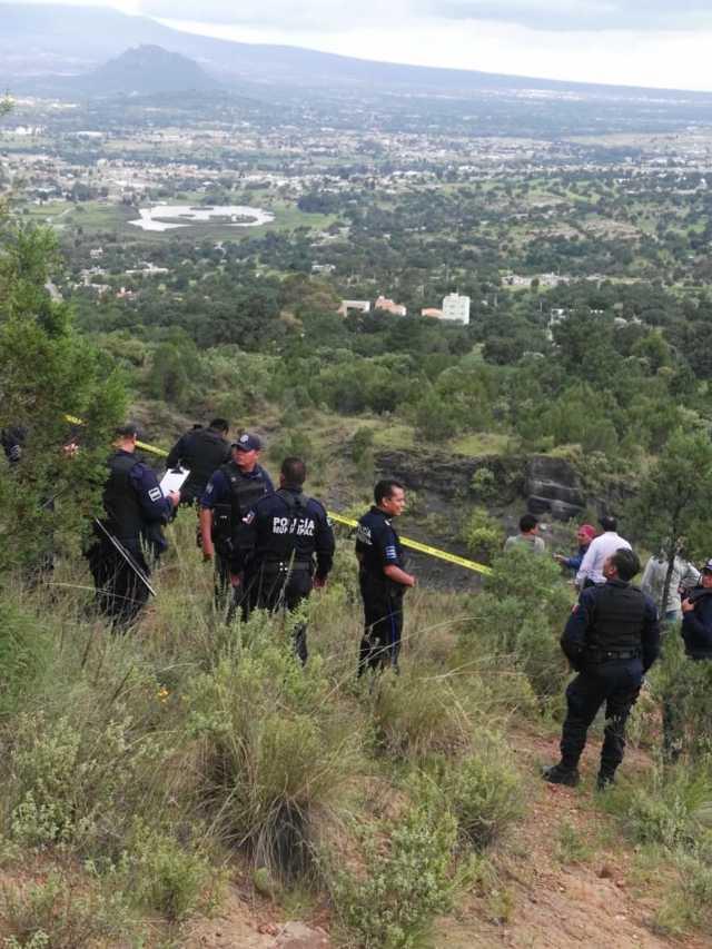 Policías ubican a sujeto sin vida en el depósito de cascajo de Matlalohcan