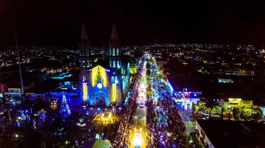 Inigualable el Desfile de Día de Reyes en Apizaco; asisten 20 mil personas
