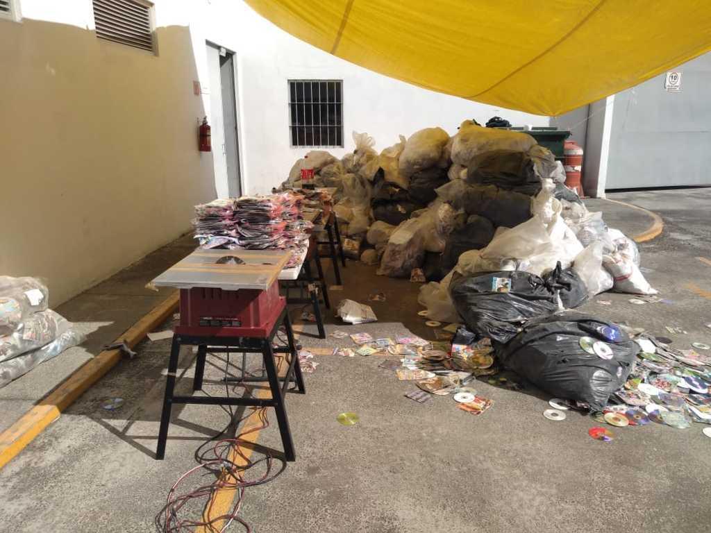 Destruye FGR más de 200 mil piezas apócrifas en Tlaxcala