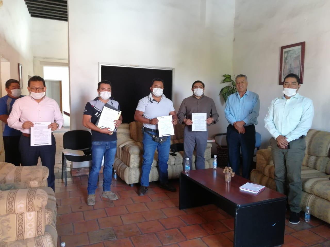 Unión de panaderos y gremio de Tahoneros, colaboran para llevar beneficios al sector vulnerable