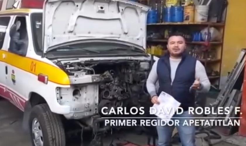 Primer regidor de Apetatitlán sale a presumir que desvielaron la ambulancia
