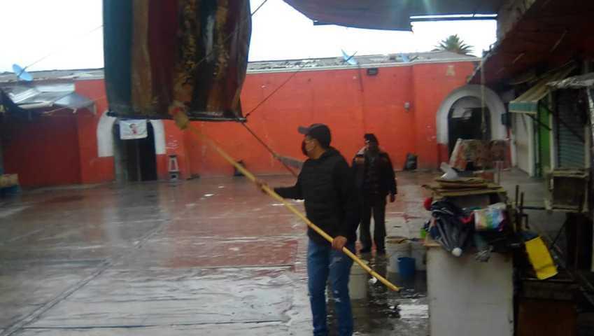 Limpieza general en el Mercado Hidalgo de Chiautempan