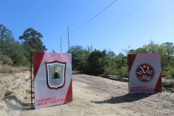 Entrada a Colonia San Marcos de Santa Cruz Tlaxcala ya cuenta con red de electrificación