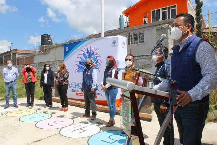 Francisco Villarreal inicia obra de techumbre en la escuela Vicente Suárez