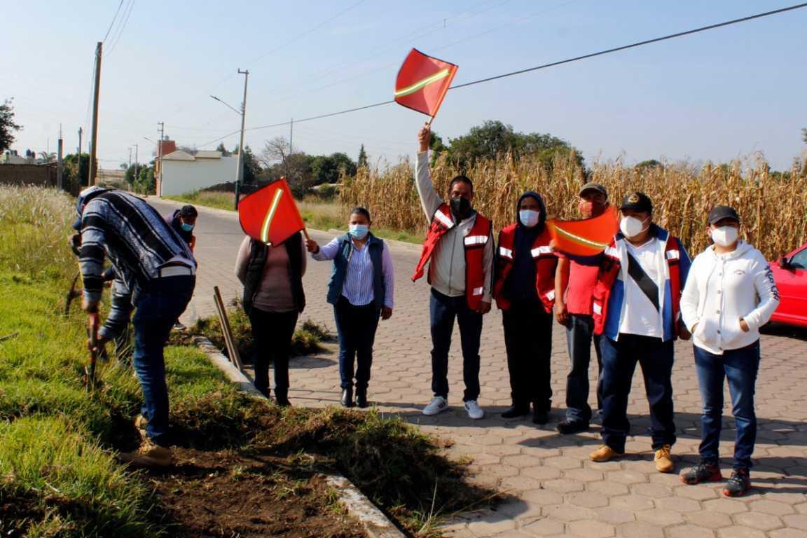 Se ejecuta la construcción de banquetas en Chimalpa – Xiloxoxtla