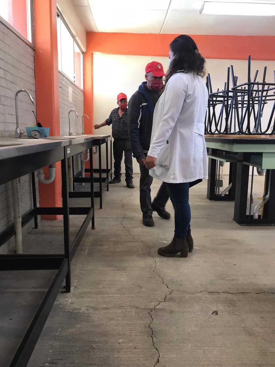 COBAT-TBC rehabilita y equipa laboratorio multidisciplinario del plantel 11 Panotla
