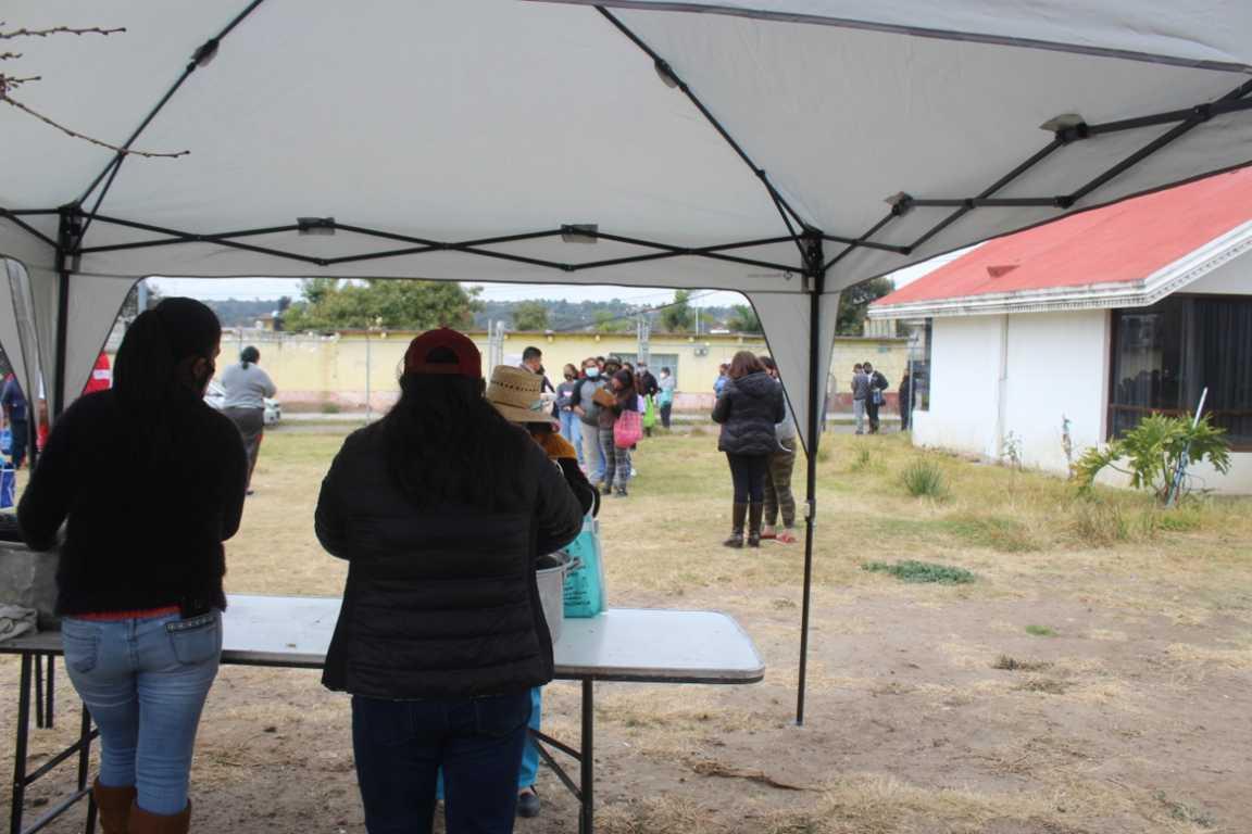 Santa Cruz Tlaxcala reanuda el programa Comedor Comunitario
