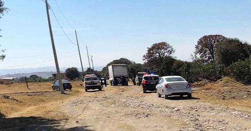 Policía de San Pablo del Monte recupera un camión que fue robado en Puebla