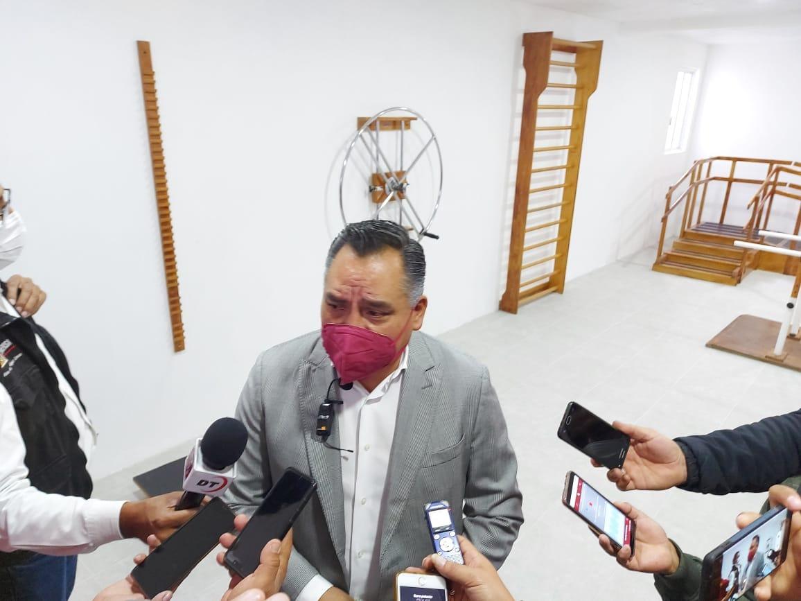 En cuatro años Eleazar Molina ejecutó 450 obras en Tetla