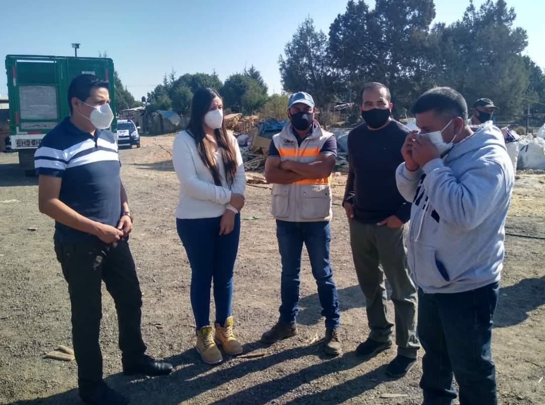 Gobierno de Tzompantepec ofrece apoyo a afectados por incendio