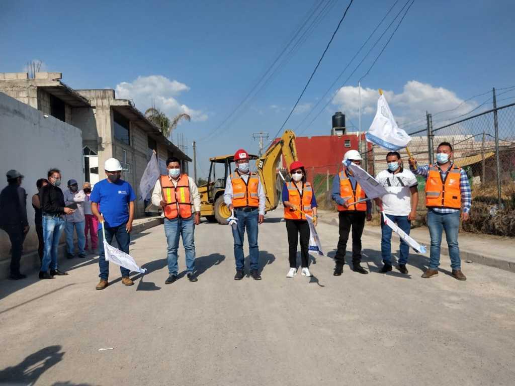 Inicia pavimentación de importante vialidad de San Salvador Tepexco – SPM