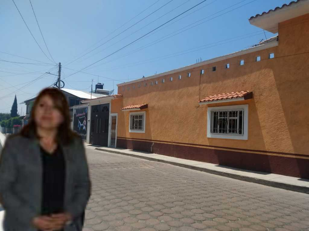 Síndica de Quilehtla instala cámaras municipales a sus familiares