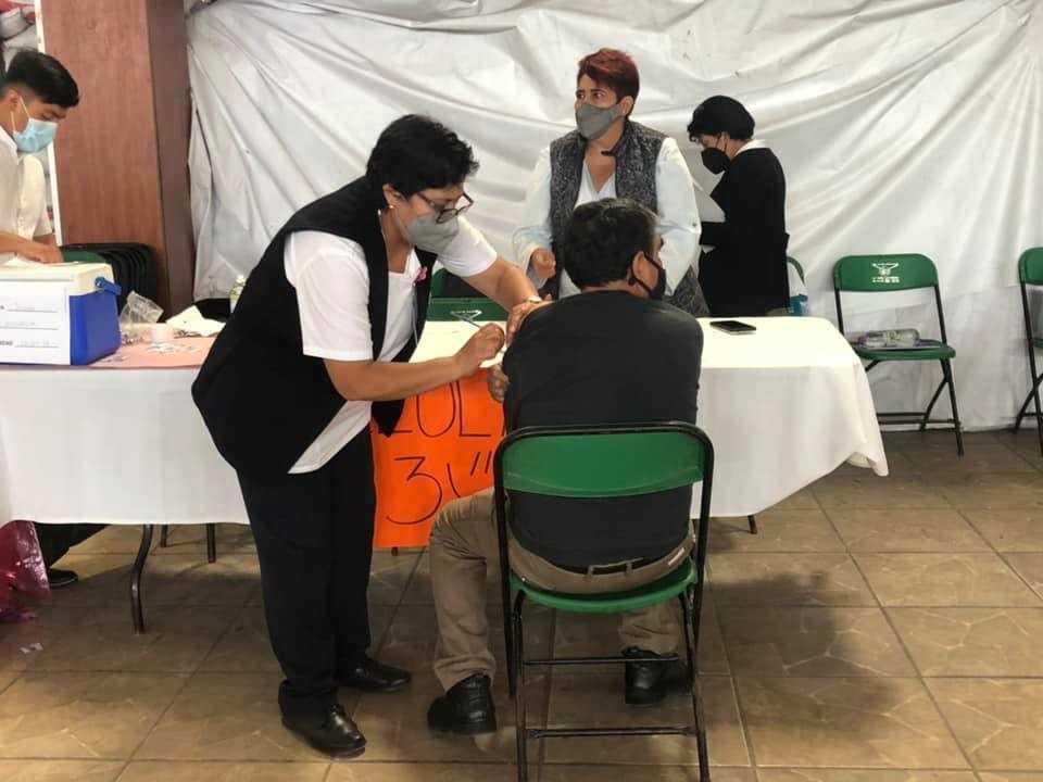 Sin contratiempos se desarrolló la vacunación 50-59 en Ixtacuixtla