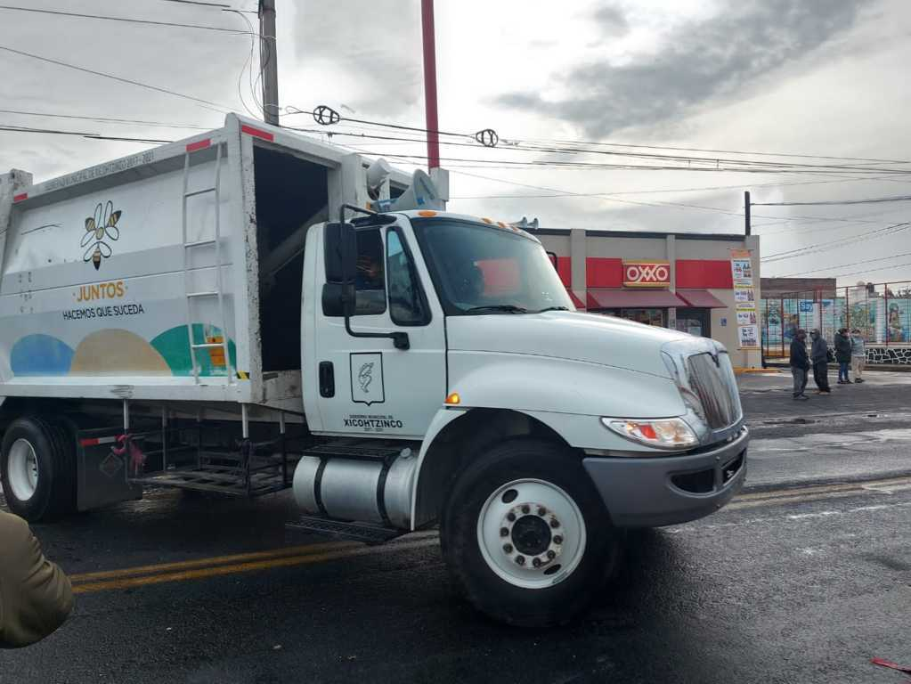 Libera Gobierno de Xicohtzinco Camiones Recolectores, normalizarán recolección de basura