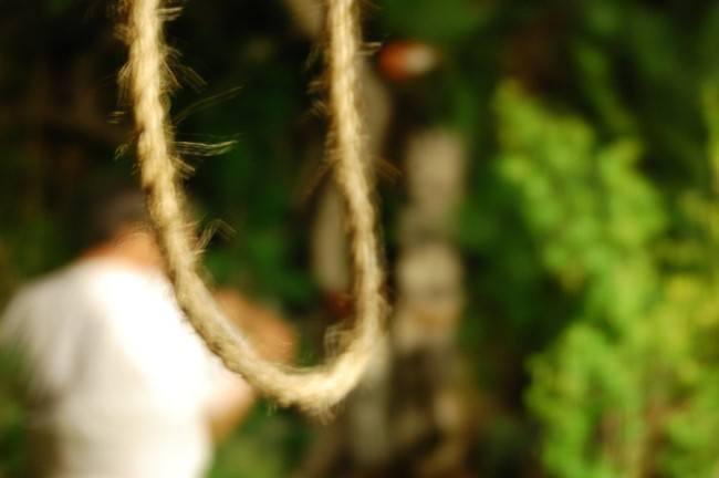 Masculino se suicida en el municipio de Nativitas