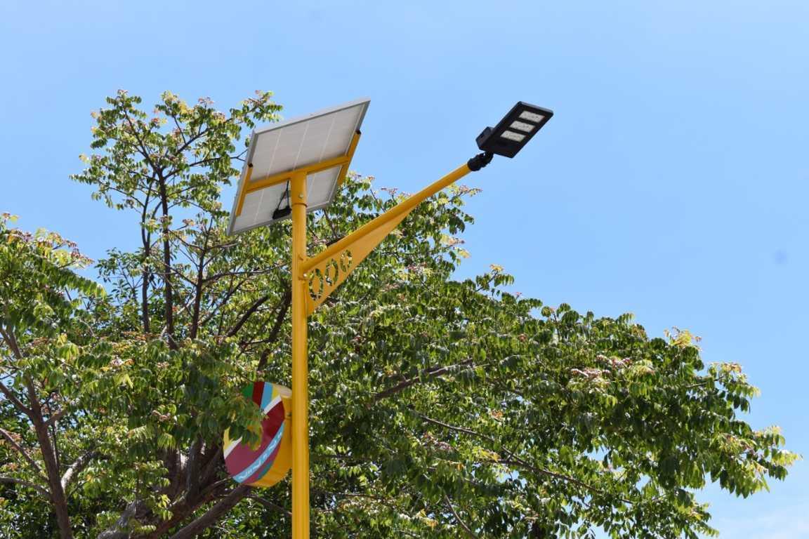 Luminarias solares combaten la inseguridad en Zacatelco