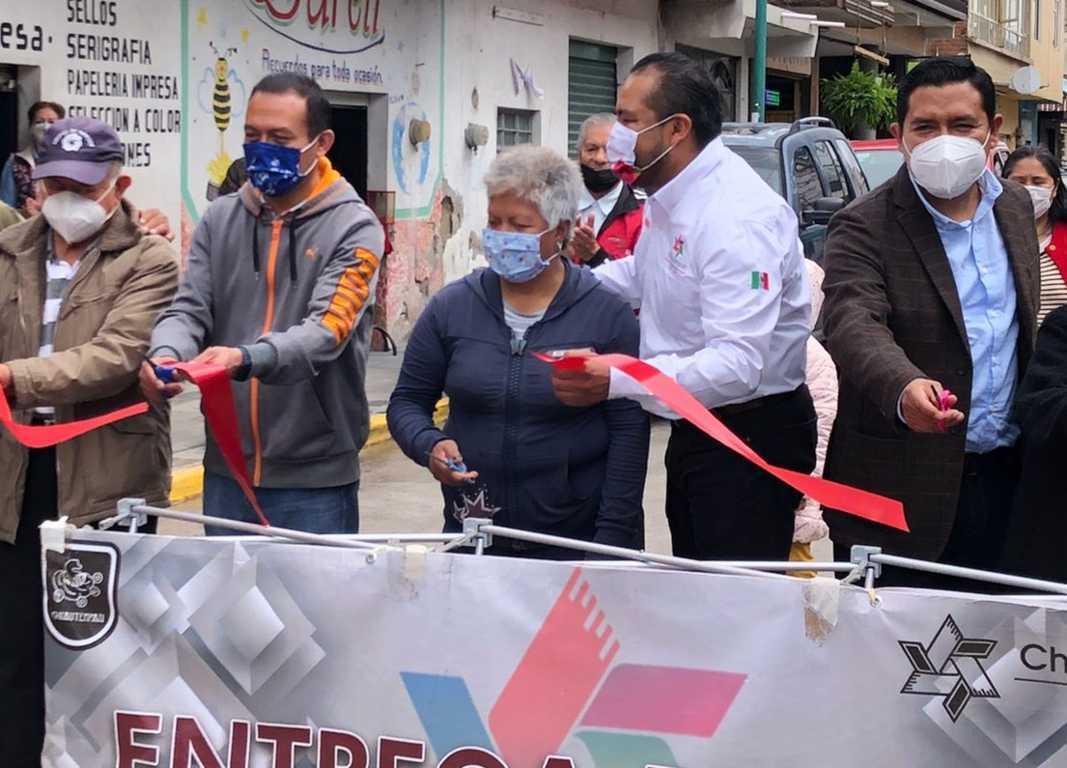 Héctor Domínguez entrega rehabilitación de la calle Unión en Chiautempan