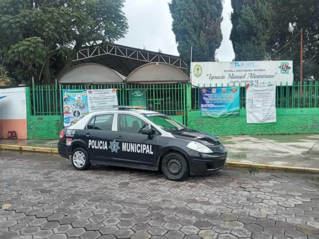 Policía municipal resgurada las instituciones educativas de Zacatelco