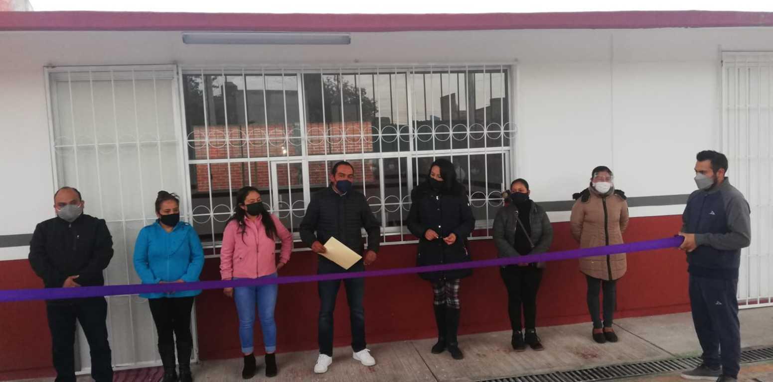 Entregan aula en escuela bilingüe Bimi Manandi Yumhu de Ixtenco